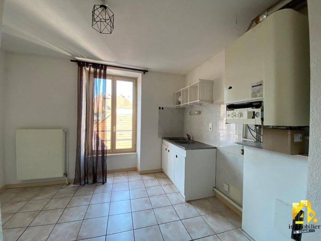 Appartement Lons-Le-Saunier / 2 pièces / 1 chambre / 38.66 m² (53 m² au sol)