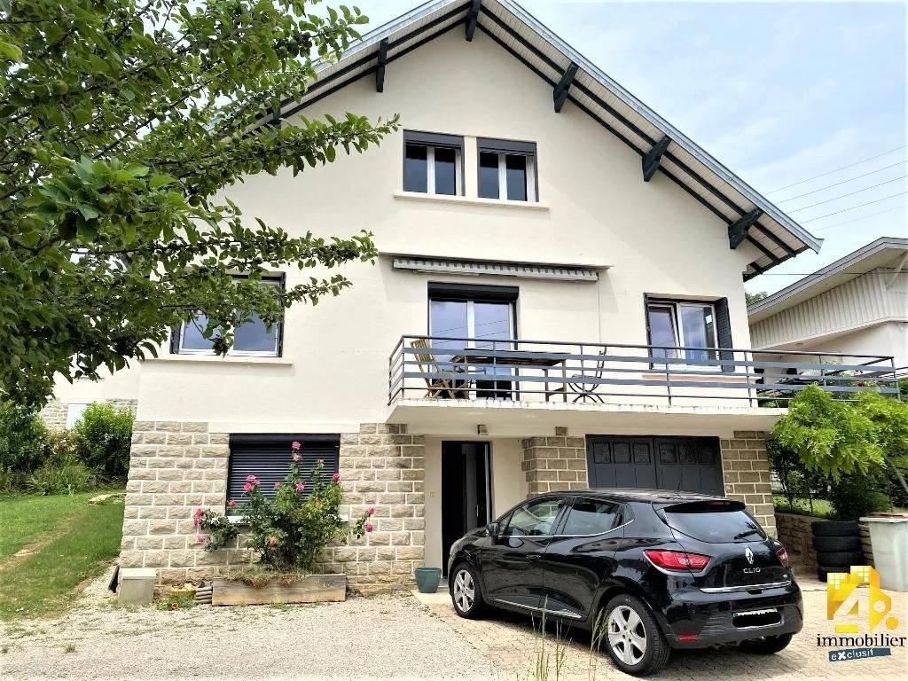 Maison Lons-Le-Saunier / 8 pièces / 5 chambres / 154 m²