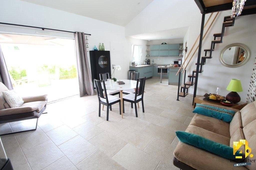 Maison Pornichet plain-pied 3 pièce(s) 94.89 m2