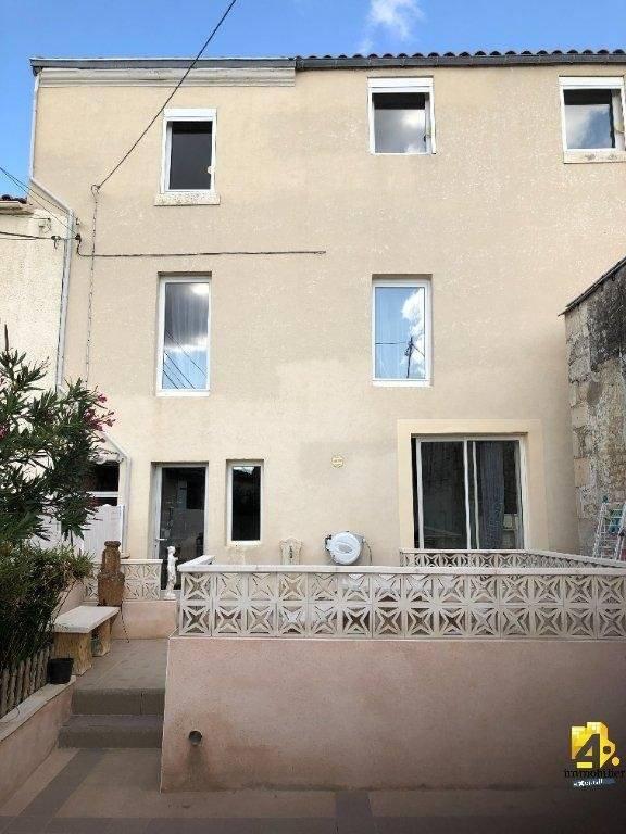 Maison Niort 6 pièce(s) 135.20 m2