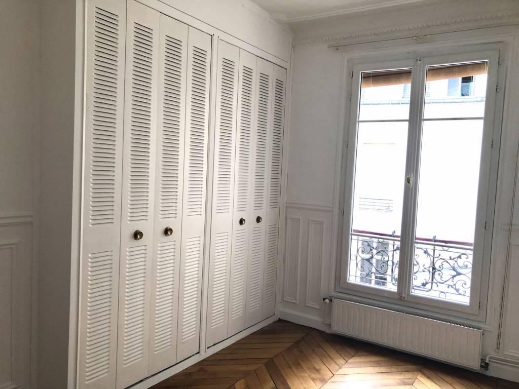 75004/Coeur Marais: superbe 2 pièces traversant